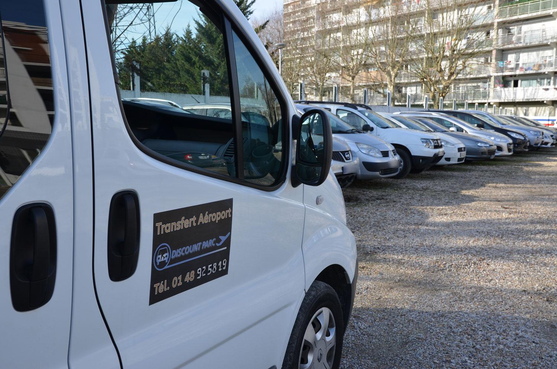 Parking Discount Parc, navette et véhicules